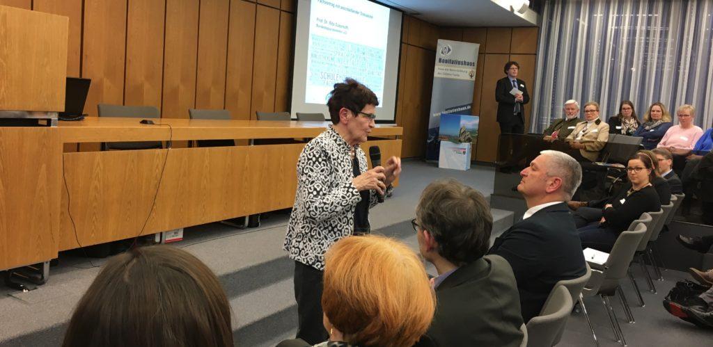 Rita Süssmuth bei der Bildungskonferenz in Fulda